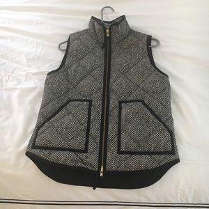 J crew factory Herringbone Vest Size S NWOT black